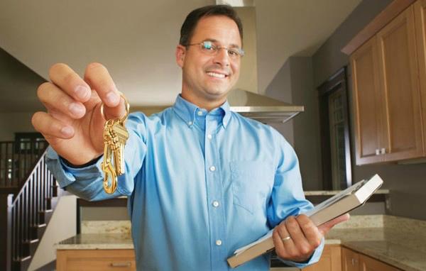 Передача ключей от съемного жилья