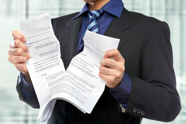Одностороннее расторжение договора подряда заказчиком