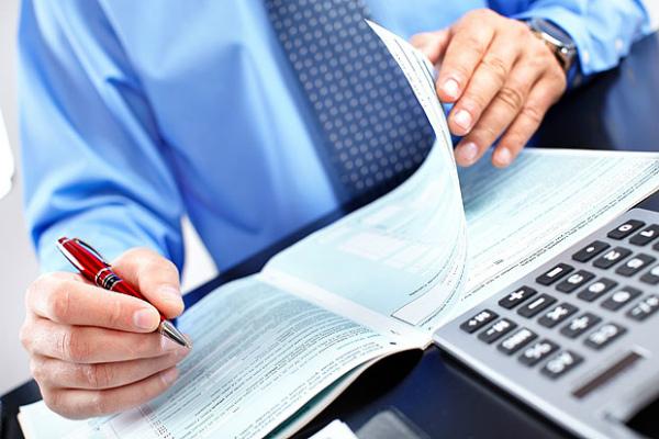 Передача документации в налоговую службу